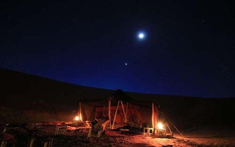 The best way to spend the night in Sahara