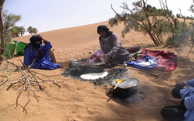 5 days Morocco Camel Trekking - Sahara desert Tours and Bivouac