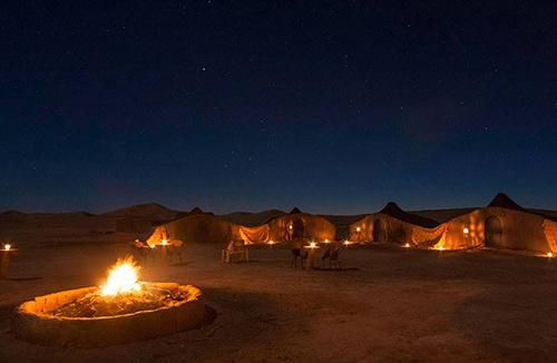 Wüstenlager-Biwak-Sahara-relax-Sie-sich-in-Zagora-Mhamid-Chegaga